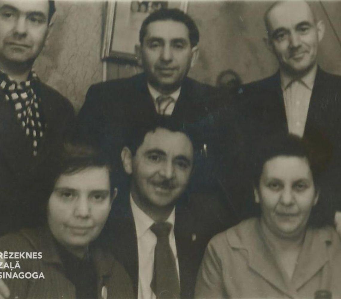 Rahailovičs Boriss,   Šruster (Rahailovičs) Batja (Badsja), Zilberman Hinda,  Šrusters Moše, Hagi Elija, Zilbermans Isroels